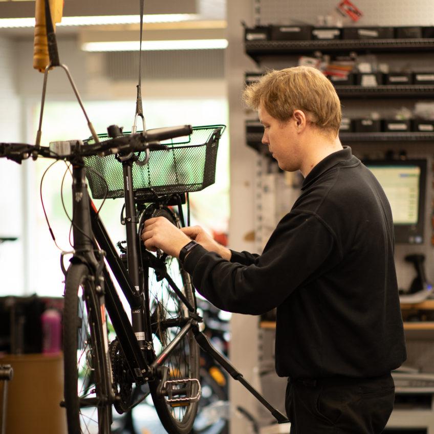 Døgnet rundt – Kibæk Cykler